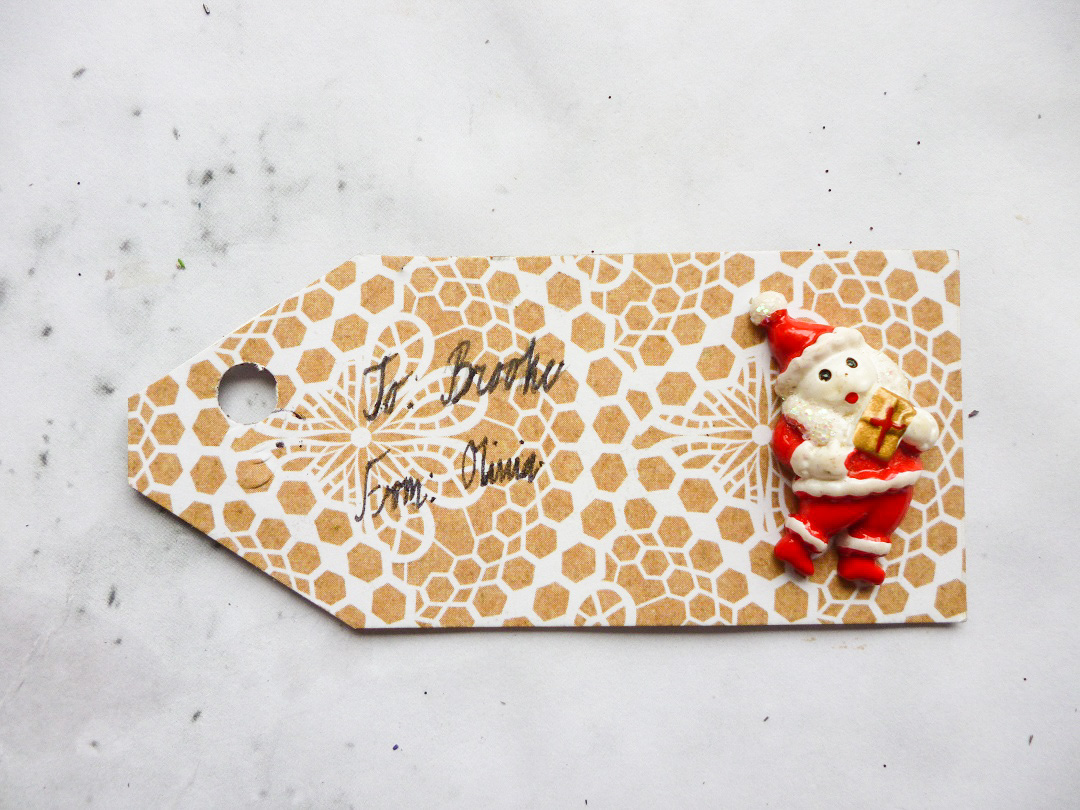 DIY-Double-Sided-Christmas-Gift-Tags-10